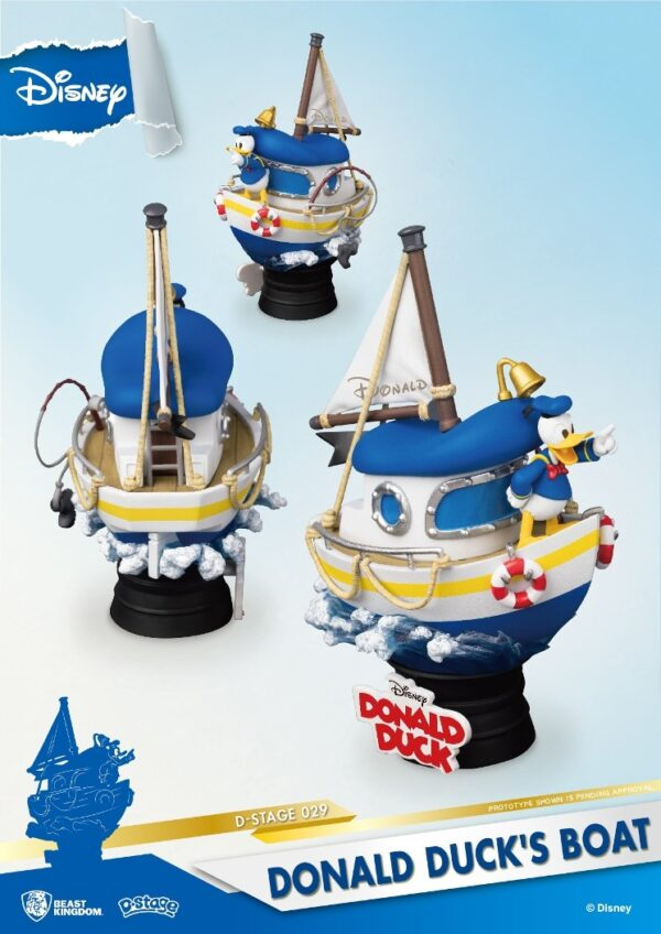 Disney: Donald Duck's Boat PVC Diorama
