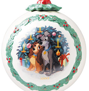 LADY AND TRAMP BALL ORNAMENT CHRISTMAS SCENE